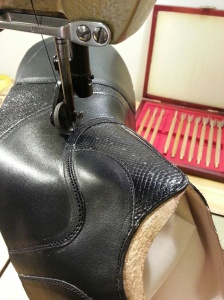 reid elrod bespoke gladiator oxford sewing closing